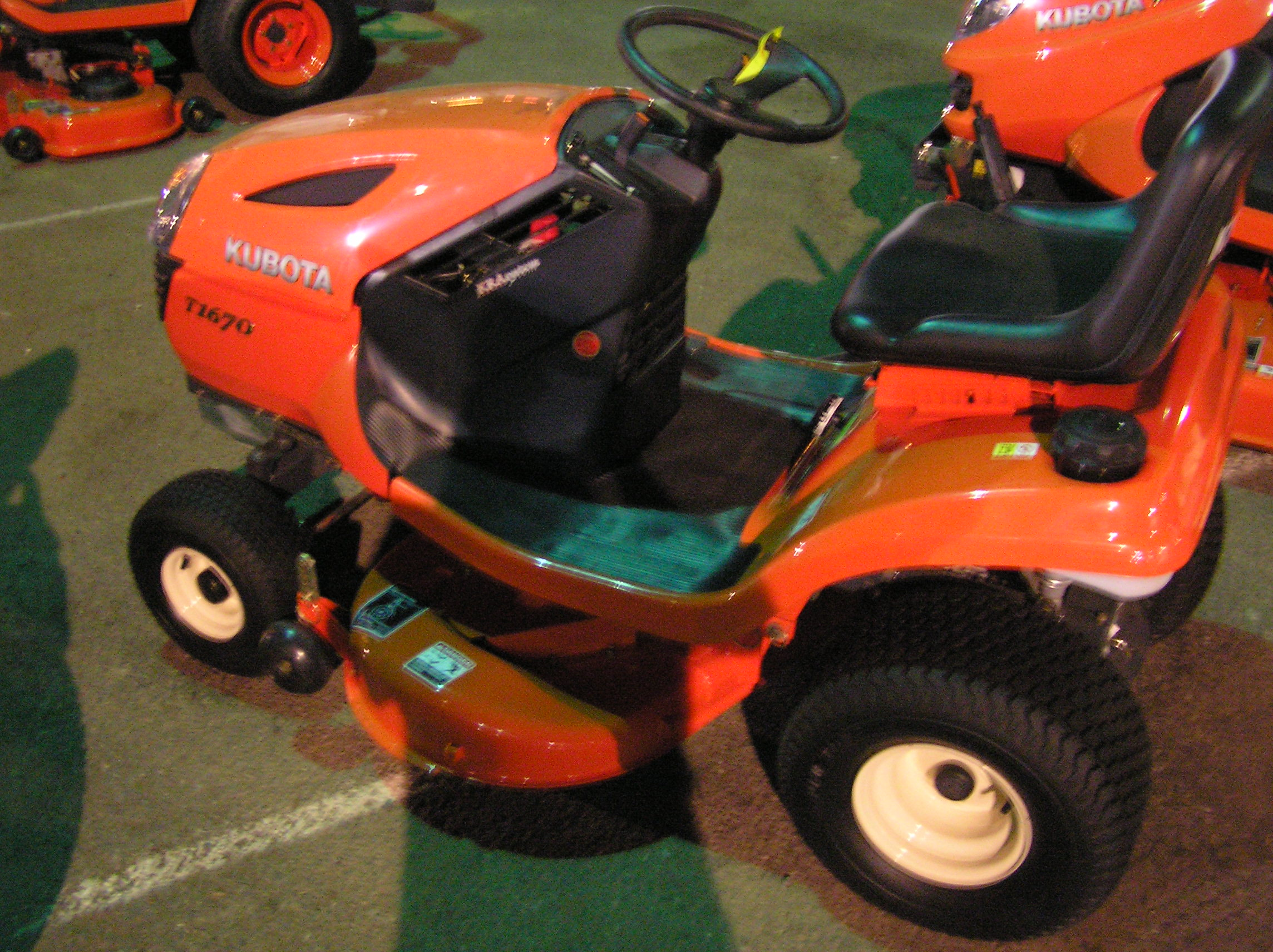 Kubota Riding Lawn Mowers - Reviews And Comparisions Of Kubota