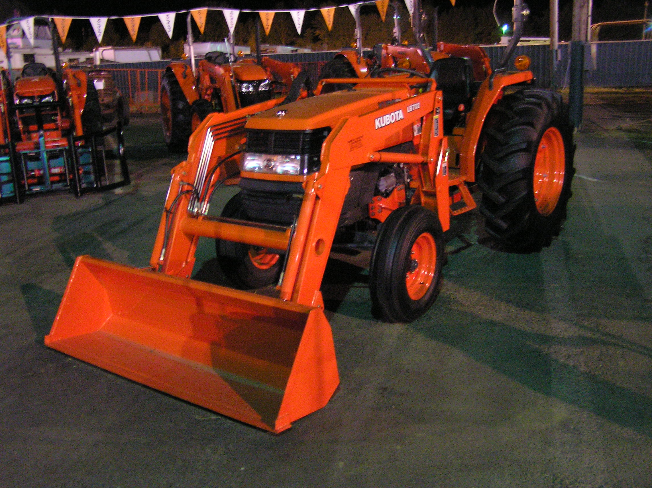 Kubota BX24 Review, Price, Information - Compact Tractor Review
